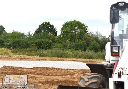 budowa boiska w Starym Klukomiu