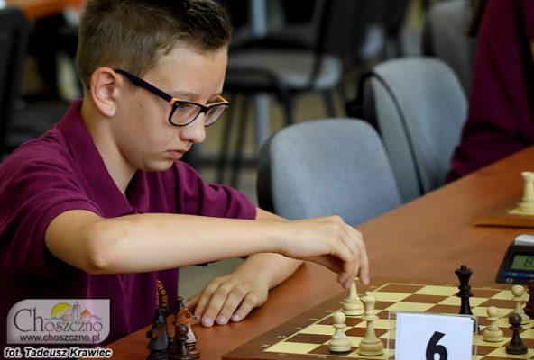 reprezentant Skoczka biorący udział w turnieju szachowym