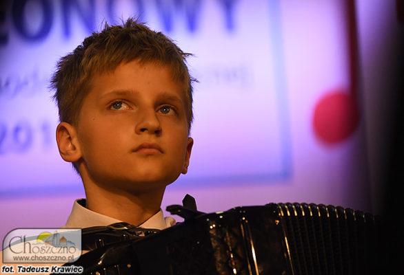 akordeonista Bartosz Szatkowski