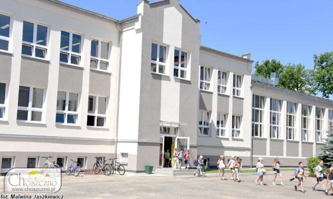budynek Szkoły Podstawowej nr 1 w Choszcznie