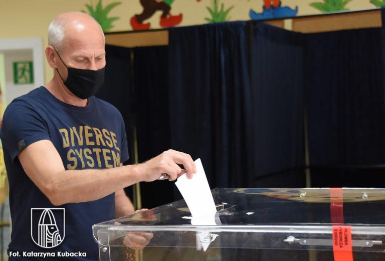 Jak głosowaliśmy w niedzielnych wyborach?